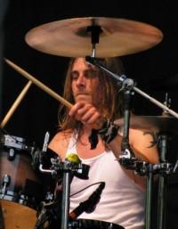 Dave Agoglia - фотографии барабанщика группы Rev Theory