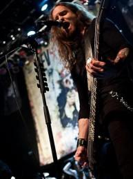 Matt McCloskey - фотографии бас гитариста группы Rev Theory