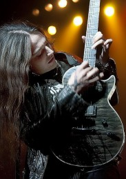 Rikki-Lixx-guitar-epiphone-rev-theory